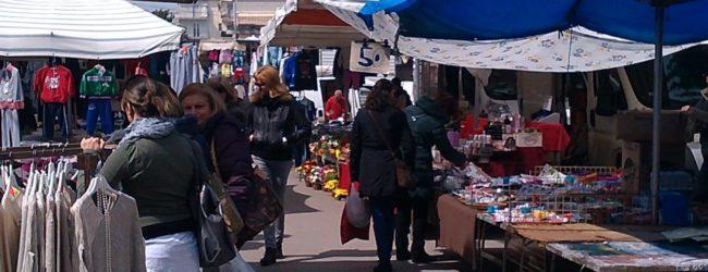 """Bisceglie – Il mercato straordinario nel giorno delle Palme. Unionecommercio: """"Un orrore!"""""""