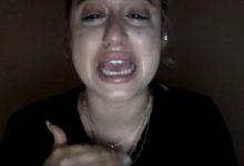"""Profilo instagram cancellato – Il pianto disperato di Jassy Taylor: """"non voglio fare un lavoro vero"""""""