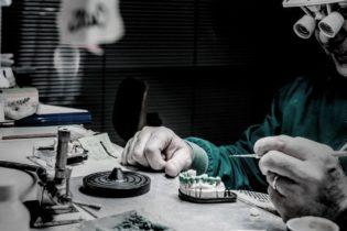 Franco Bonadies – Scompare uno dei primi odontotecnici di Andria