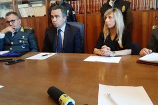 """Trani – Finanza, operazione """"Chiavi in mano"""": 5 arresti"""