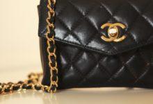 Sequestrati 83 capi di abbigliamento e accessori contraffatti in una nota ditta andriese