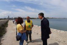 """Barletta – Spiagge e fondali puliti, rifiuti a Levante. Sindaco e Legambiente ai cittadini, """"Partecipate!"""""""