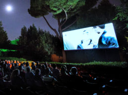 """Cinema sotto le stelle"": godersi i film all'aperto nell'estate margheritana"