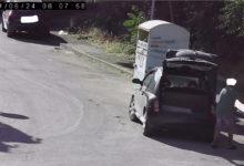 Barletta – Abbandono illecito di rifiuti, trasgressori beccati dalle fototrappole. Ecco le FOTO