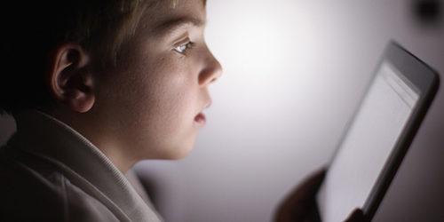 Barletta – Una minore è stata adescata on line, la mamma si rivolge al Centro Antiviolenza. Scatta l'indagine della Procura