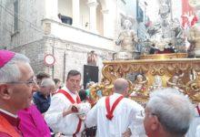 Bisceglie – La solenne processione dei tre Santi Martiri: Mauro, Sergio e Pantaleone. VIDEO