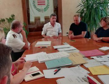 """Barletta – Cattivi odori, seconda conferenza stampa, Cannito : """"La questione ambientale è di primaria importanza"""". Foto e Video"""