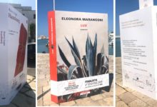 """""""Premio Fondazione Megamark – Incontri di Dialoghi"""": in via Banchina del Porto, le installazioni dei libri finalisti"""