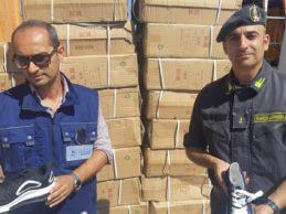 Bari – Porto: sequestrate oltre 5 mila paia di calzature contraffatte