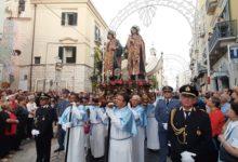 Trani – Solenne processione in onore dei Santi Medici Cosma e Damiano. VIDEO