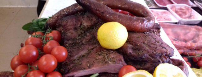 """Divieto vendita """"m'schìsch"""", Unibat e Gruppo Macellai uniti per salvare il patrimonio gastronomico andriese"""