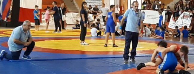 Trani – 1° Campionato Regionale di Lotta: grande risposta della città. VIDEO e FOTO