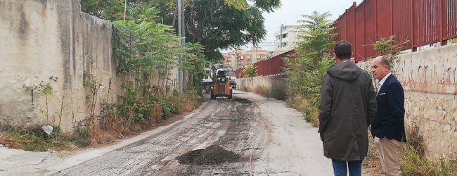 Trani – Iniziati i lavori di rifacimento del manto stradale. VIDEOINTERVISTA