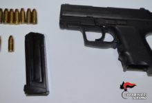 Detenevano una pistola occultata dietro il termosifone: arrestati fratelli andriesi a Tortoreto (TE)