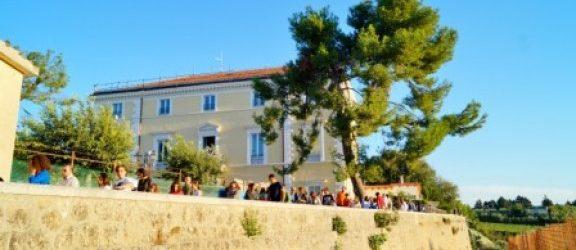 """1^ edizione """"Biennale d'Arte Apulia"""": l'arte contemporanea di scena a Palazzo Ducale di Montegrosso"""