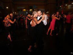 Fiesta Milonghera a Trani: Palazzo San Giorgio balla per tre giorni a ritmo di tango