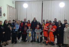 Trani – La befana porta doni all'orfanotrofio di S. Antonio. FOTO
