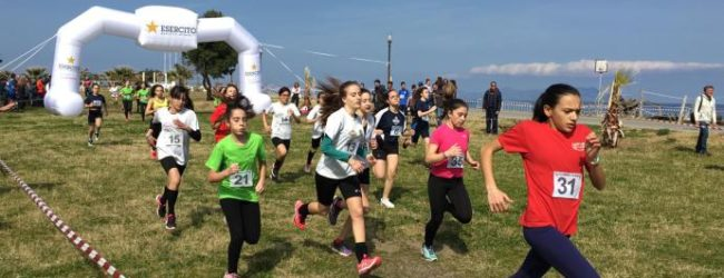 """Primo posto per due alunne della scuola media """"Fermi"""" di Andria ai Giochi Sportivi Studenteschi"""