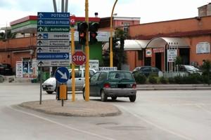 Barletta – Cantiere via Foggia, in funzione la pubblica illuminazione