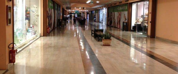 Coronavirus, centri commerciali Coop chiusi le prossime due domeniche: la novità