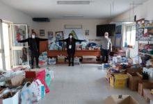 """ANDRIA – Nasce il gruppo di aiuto """"Andria, Uniamoci e Aiutiamoci"""": tantissimi i beni donati ieri dagli andriesi"""