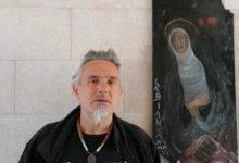 Trani – L'artista Nino Labianca espone opere sacre al cimitero: un messaggio di speranza. VIDEO