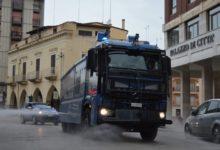 Coronavirus, ad Andria e Barletta la sanificazione delle strade con i mezzi della Polizia di Stato. VIDEO