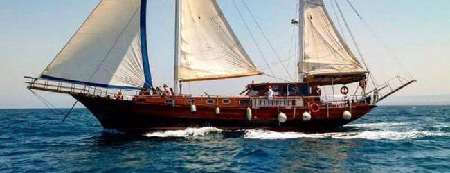 """Bisceglie – L'imbarcazione storica """"Yasemin Sultan"""" ormeggia arricchisce il museo galleggiante"""