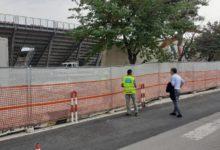 """Barletta – Stadio """"Puttilli"""", iniziato stamani l'abbattimento del muro di cinta. FOTO e VIDEO"""