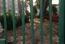 Barletta – Perché il giardino tra via Leopardi e viale Manzoni resta chiuso? FOTO