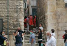 Trani – Diverbio familiare: anziano minaccia di buttarsi giù dal balcone. FOTO